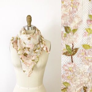 Embroidered Cherry Blossom Linen Mesh Scarf Pretty